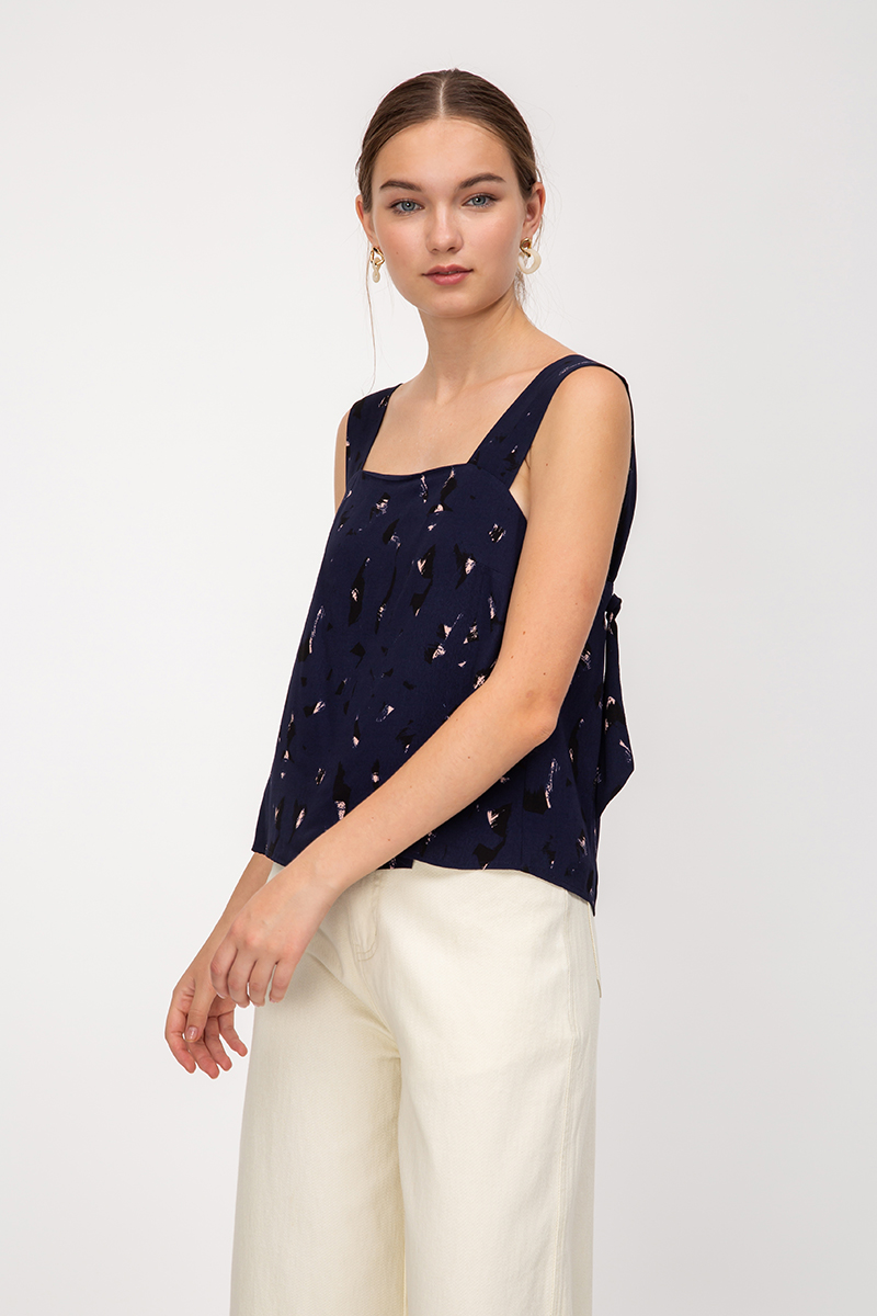 RONDA ABSTRACT KNOT STRAP TOP