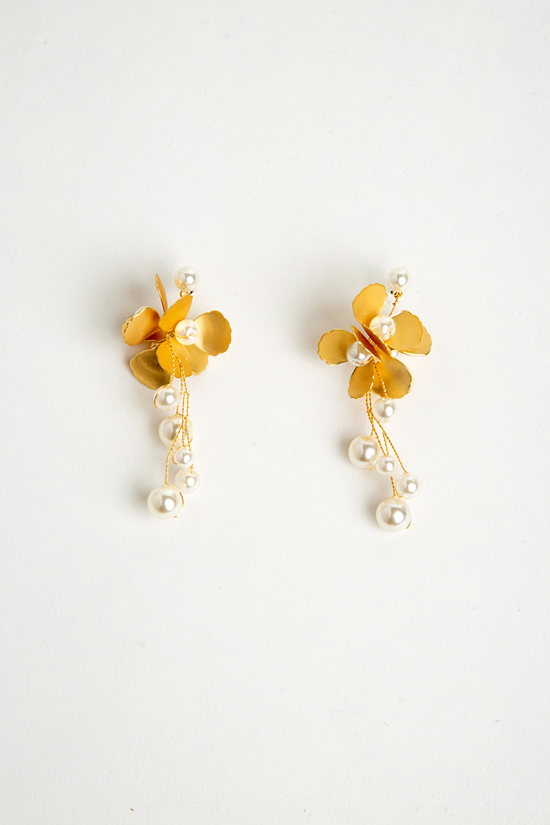 BLOOMING FLOWER PEARL DROP EARRINGS
