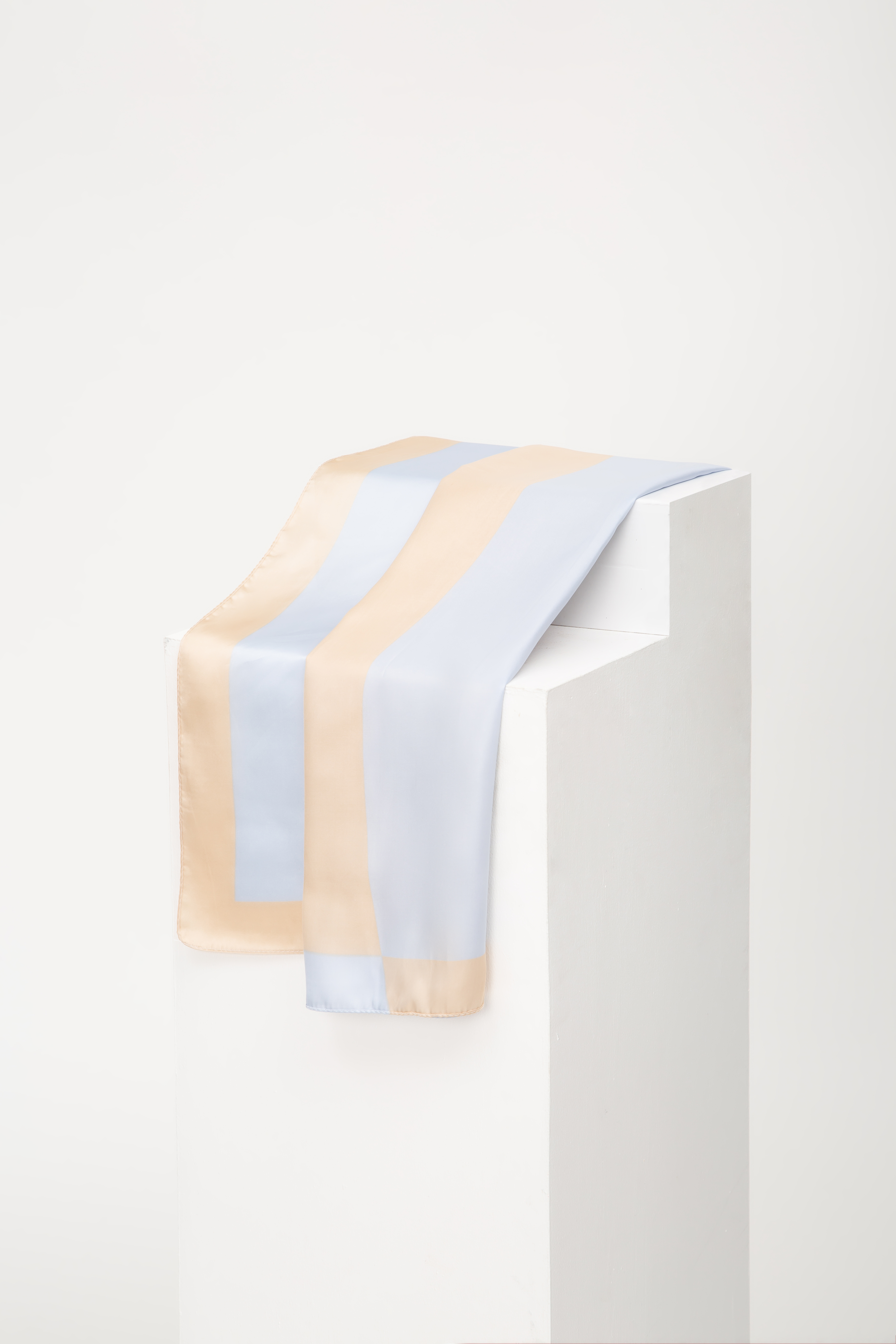 *BACKORDER* DUO TONE SCARF