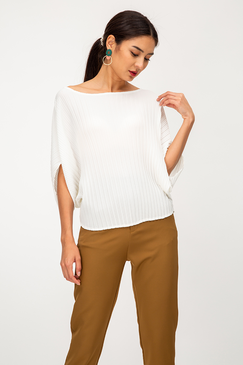 MERYL PLEATED BATWING TOP