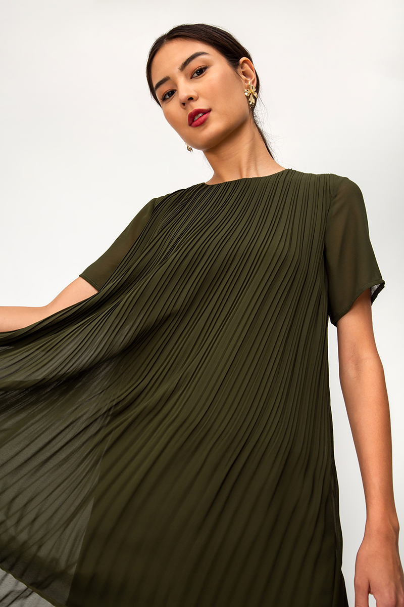 CHERRI PLEATED DRESS