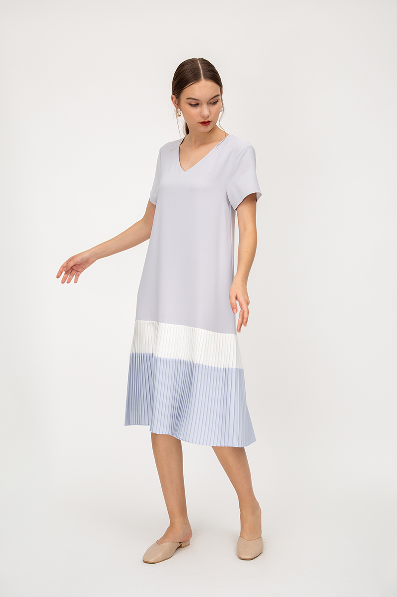 COLETTA COLOURBLOCK TIERED PLEATED MIDI DRESS