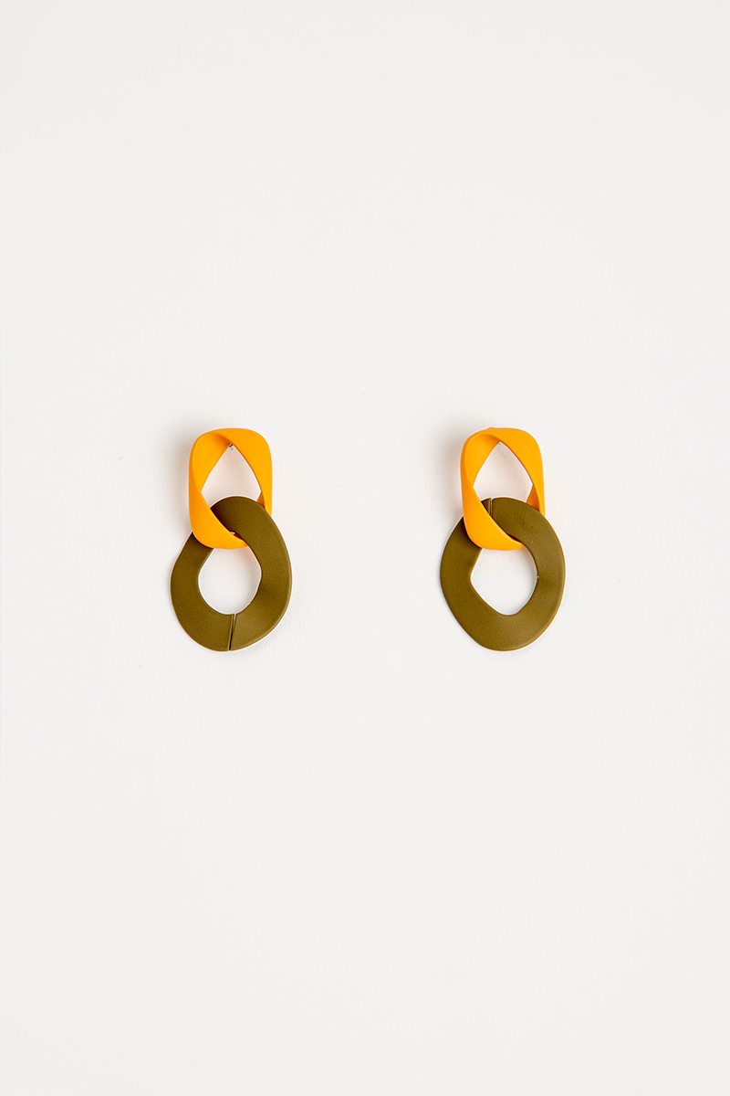 ORANGE OLIVE LINK DROP EARRINGS