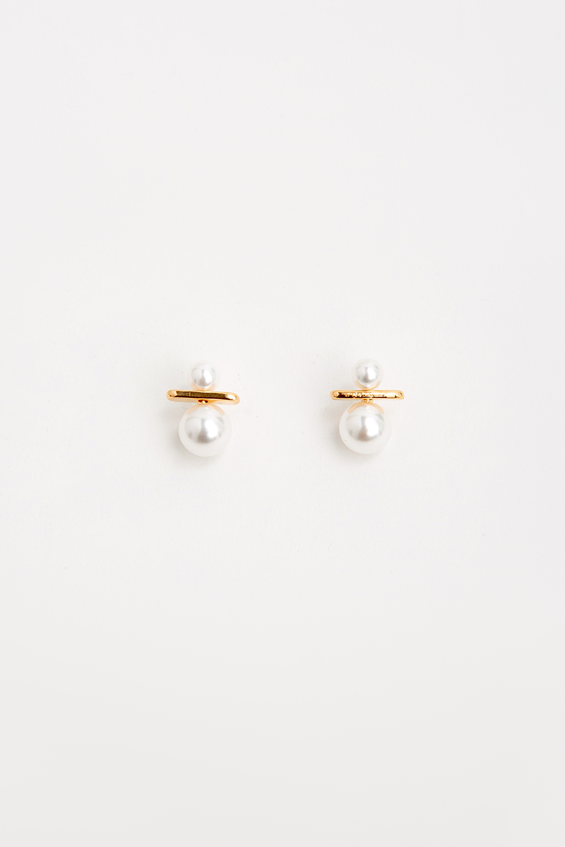 PEARL DIVIDE GOLD ACCENT EARRINGS