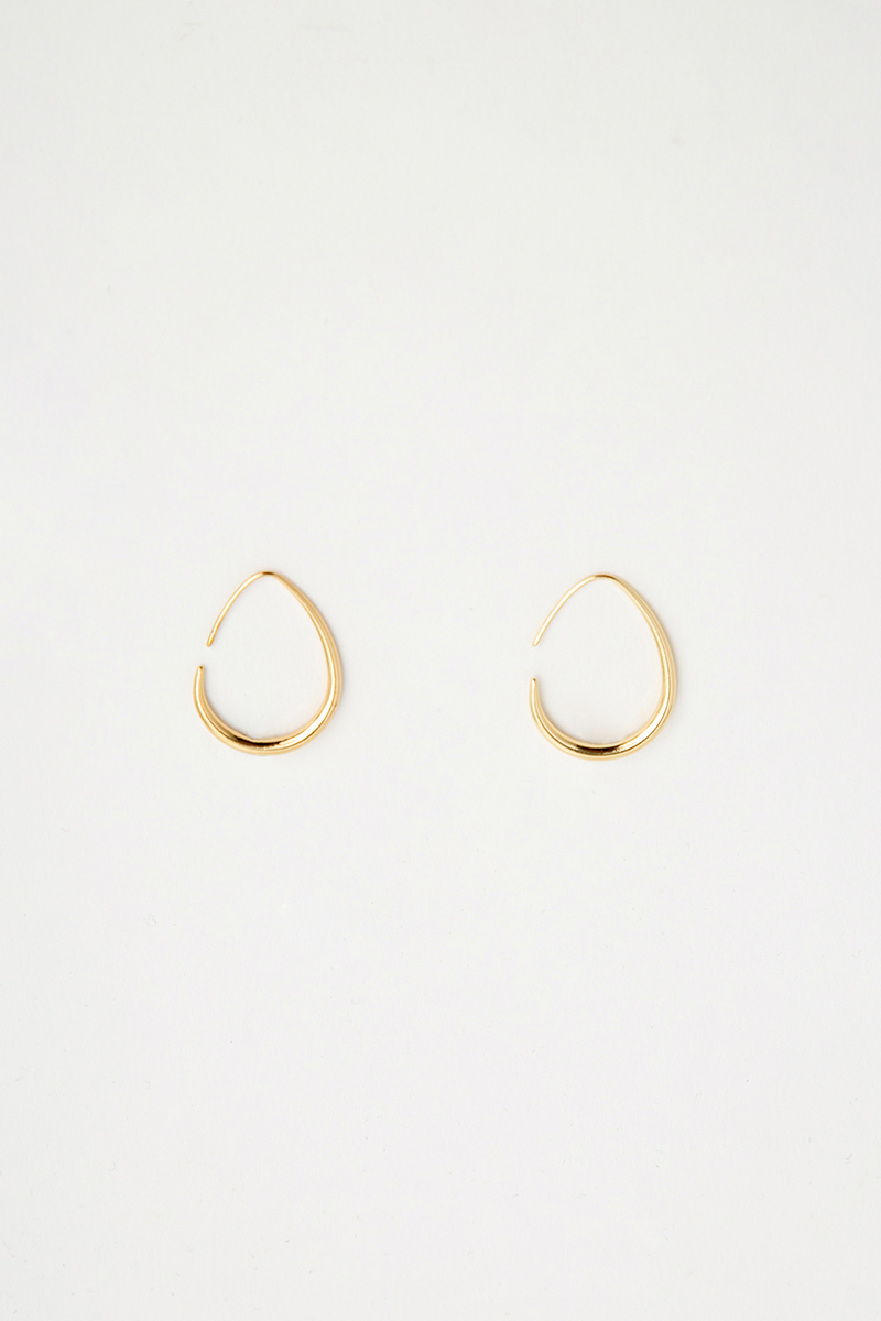 TEAR DROP BASIC HOOP EARRING