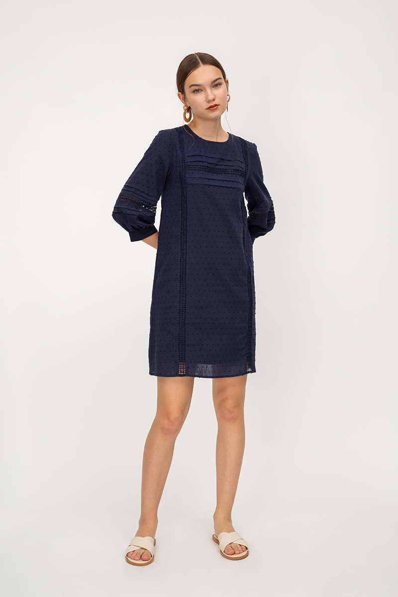 JELIQ CROCHET CUT OUT DRESS W SASH