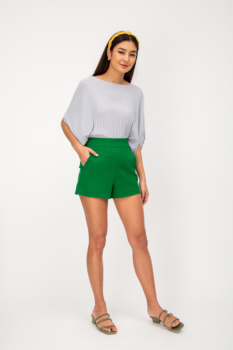 LEIA BASIC HIGHWAIST SHORTS