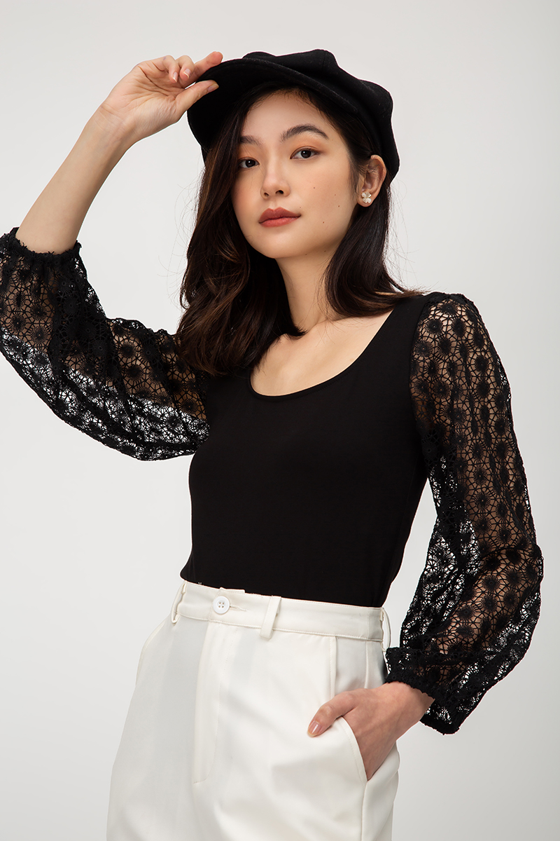 ZION CROCHET BALLOON  SLEEVE TOP