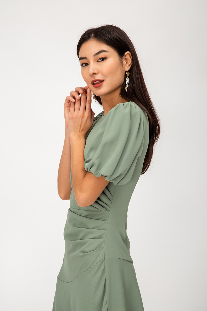 MEIRA PUFF SLEEVE RUCHED MIDI DRESS