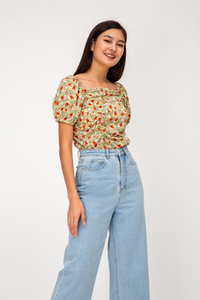 EMMIE FLORAL RUCHED TOP
