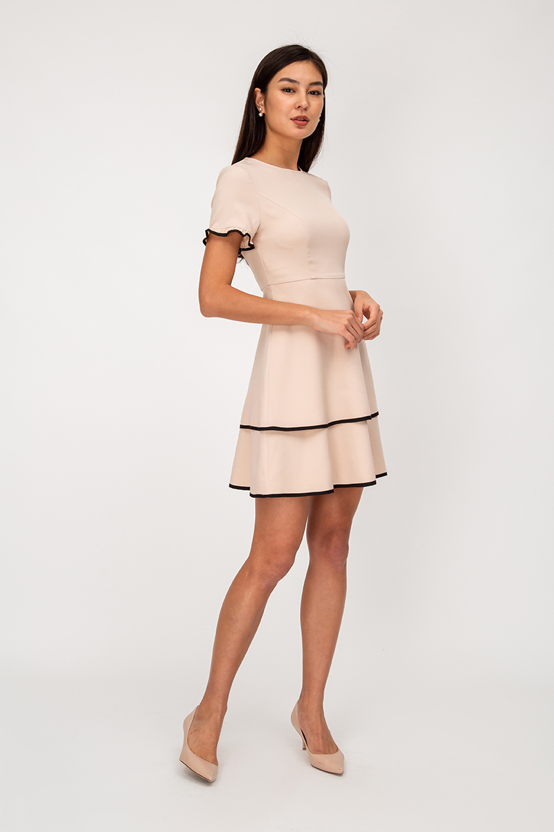 RUTH CONTRAST PIPING LAYERED FLARE DRESS