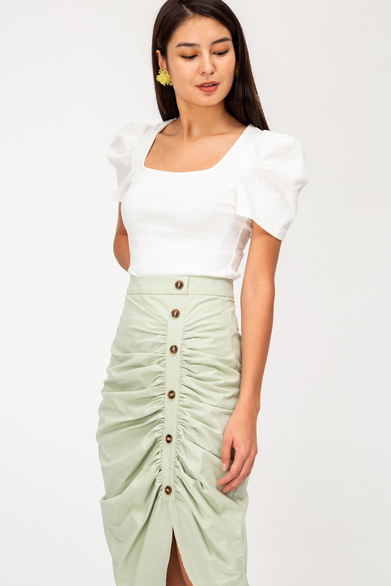 INDRE SIDE BUTTON RUCHED LINEN SKIRT