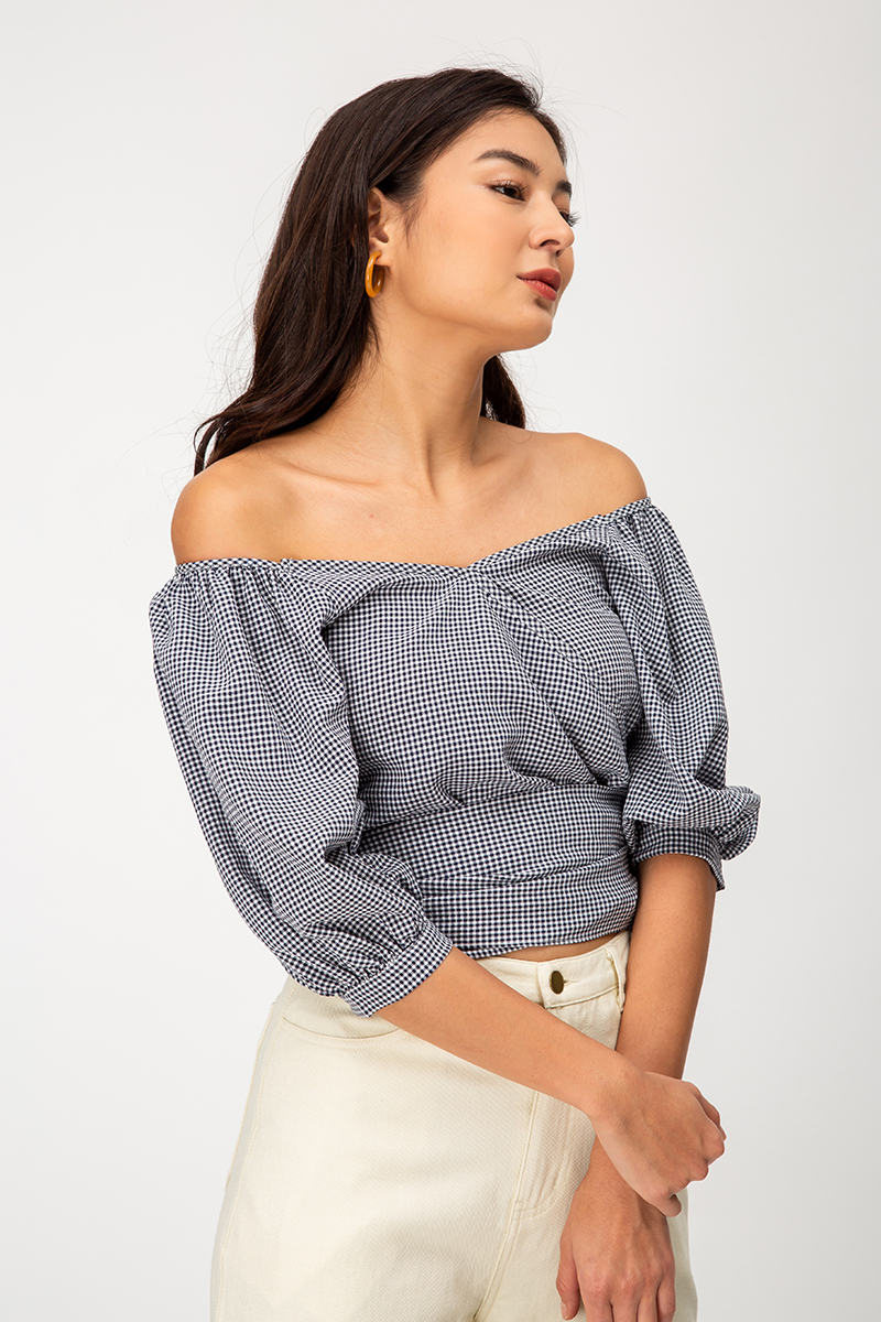 CLEMENCE CHECKERED WRAP TOP