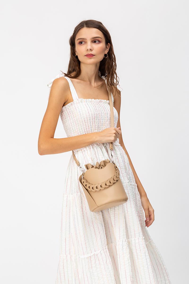 ORIA CHAIN HANDLE BUCKET BAG