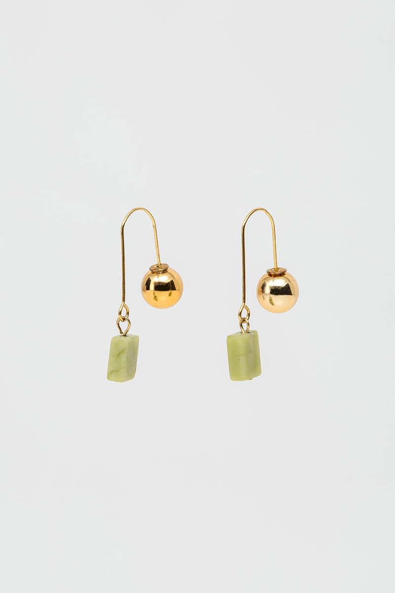 GOLD SPHERE JADE DANGLE EARRINGS