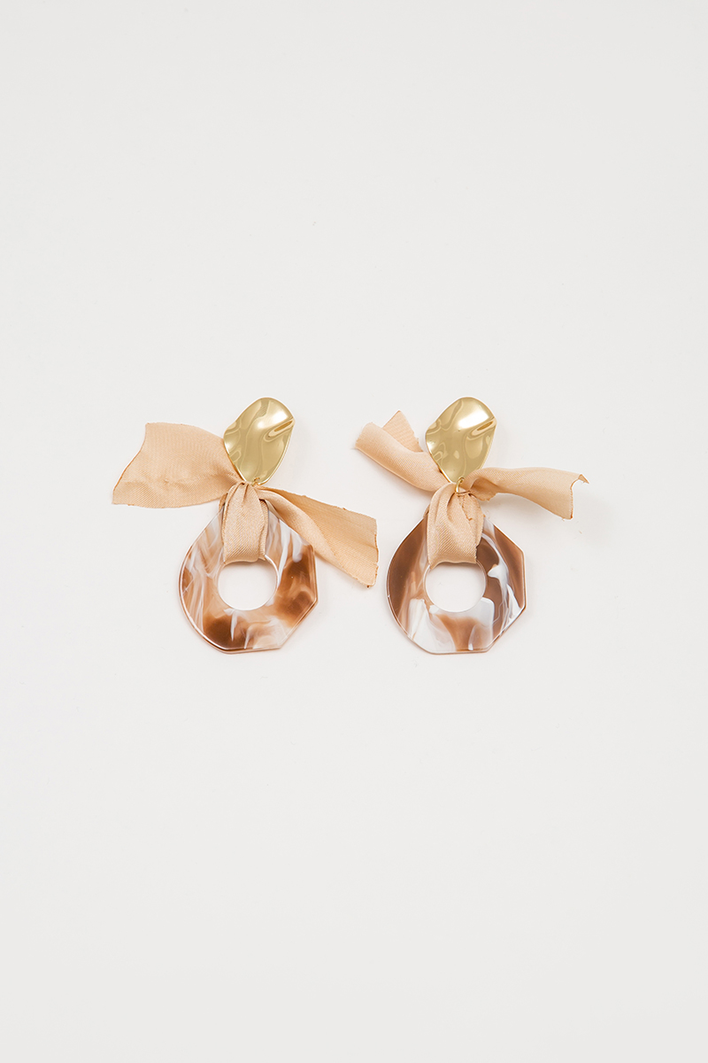 RIBBON RESIN EARRINGS