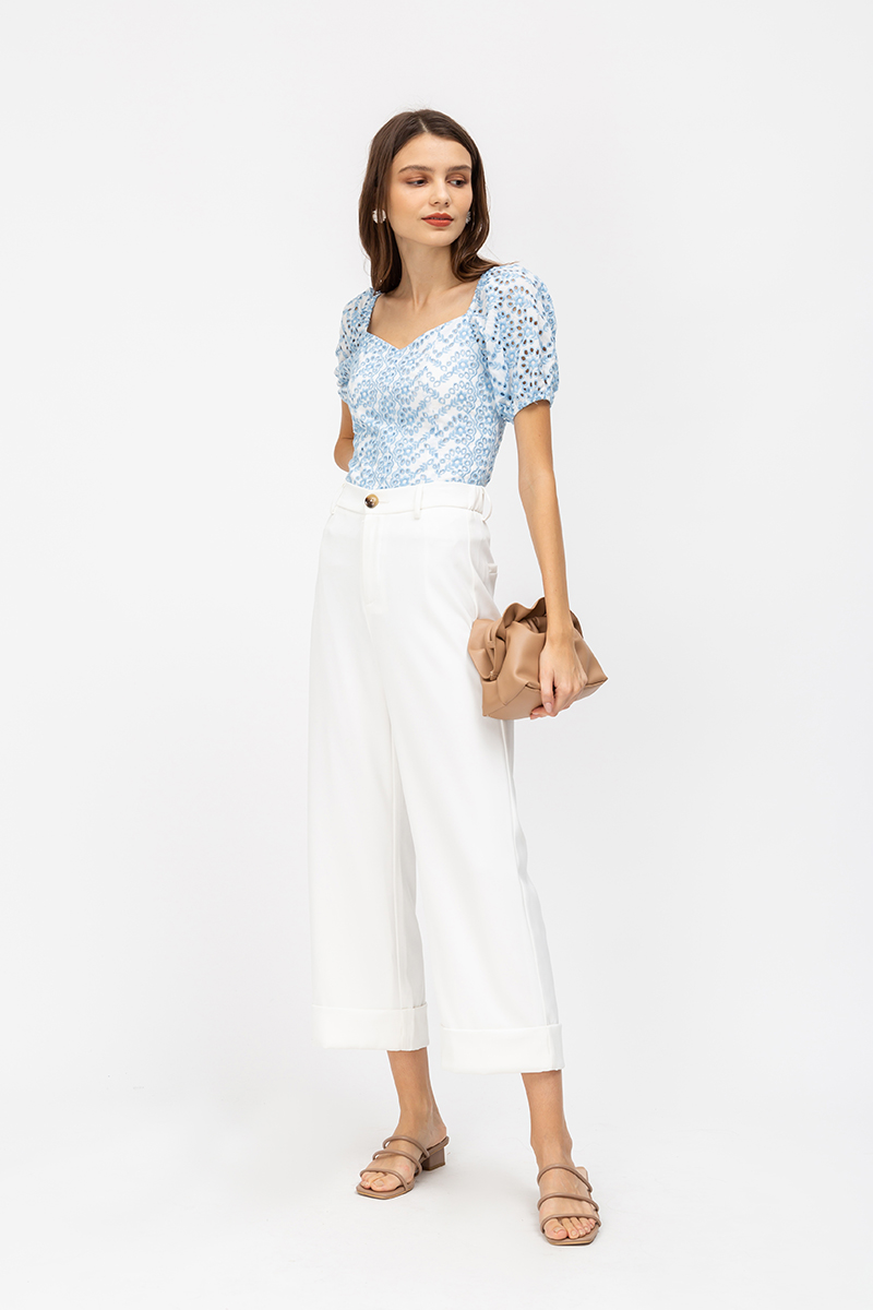 DELIZA EYELET PUFF SLEEVE TOP