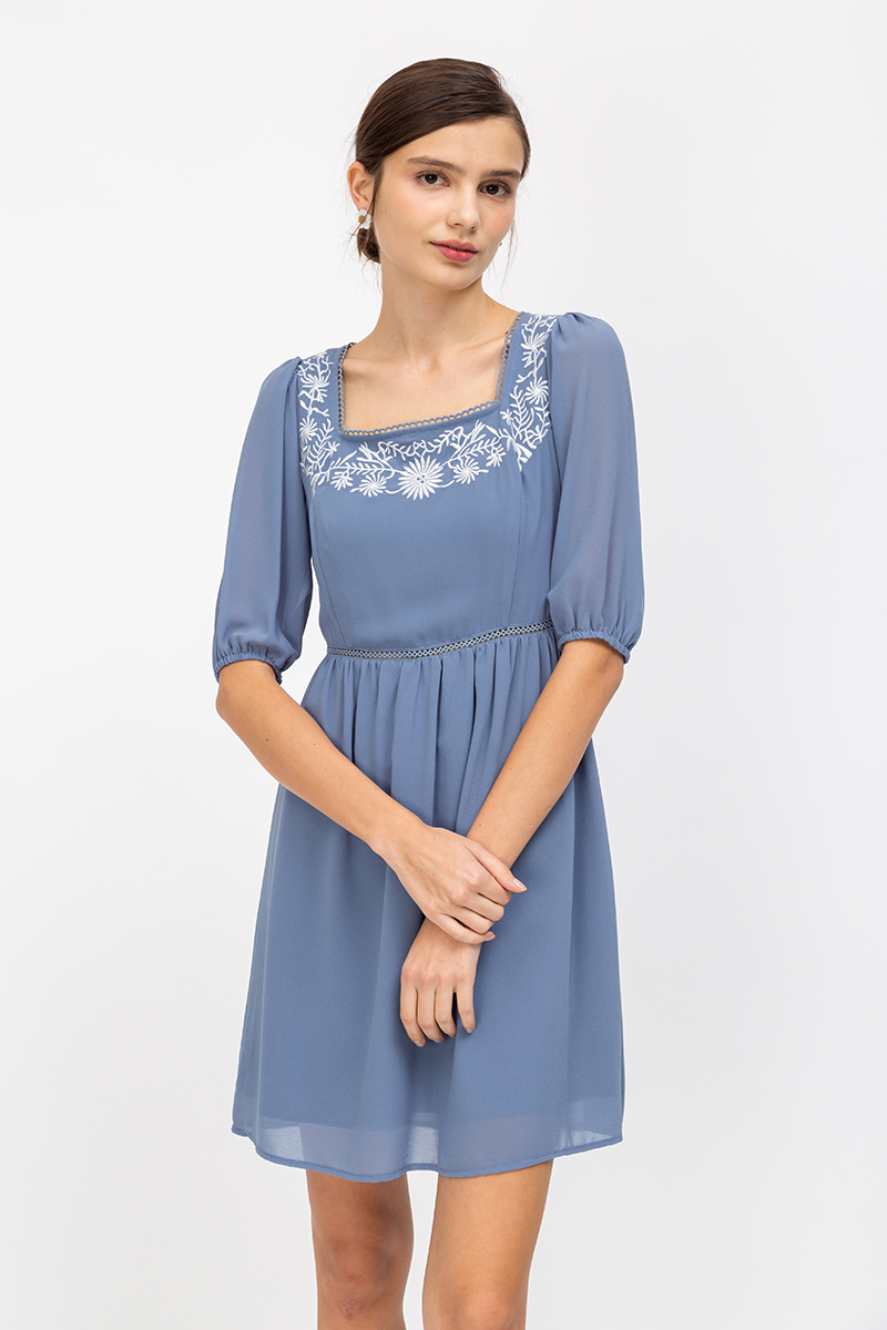 BAILEY EMBROIDERY PUFF SLEEVE DRESS